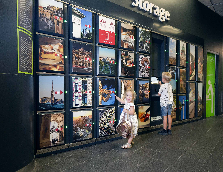 2Kids_travel_fo_free_free_storage_CAT_Terminal_Wien_Mitte_CAT_Hammerschmid_5